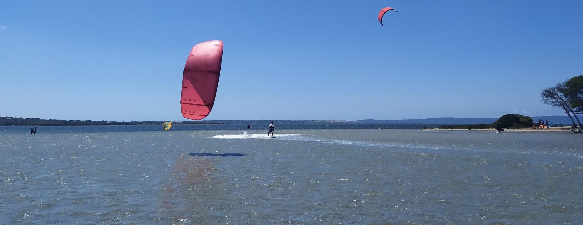 Kitesurf a Punta Trettu in Sardegna