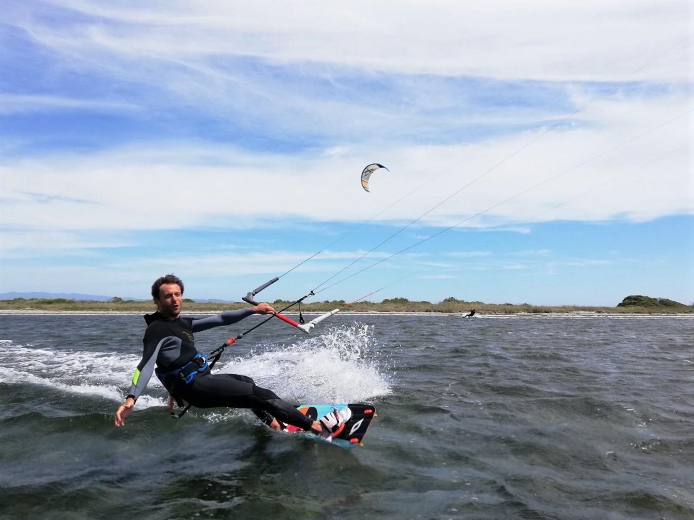 Kitesurfing in Punta Trettu Sardinia