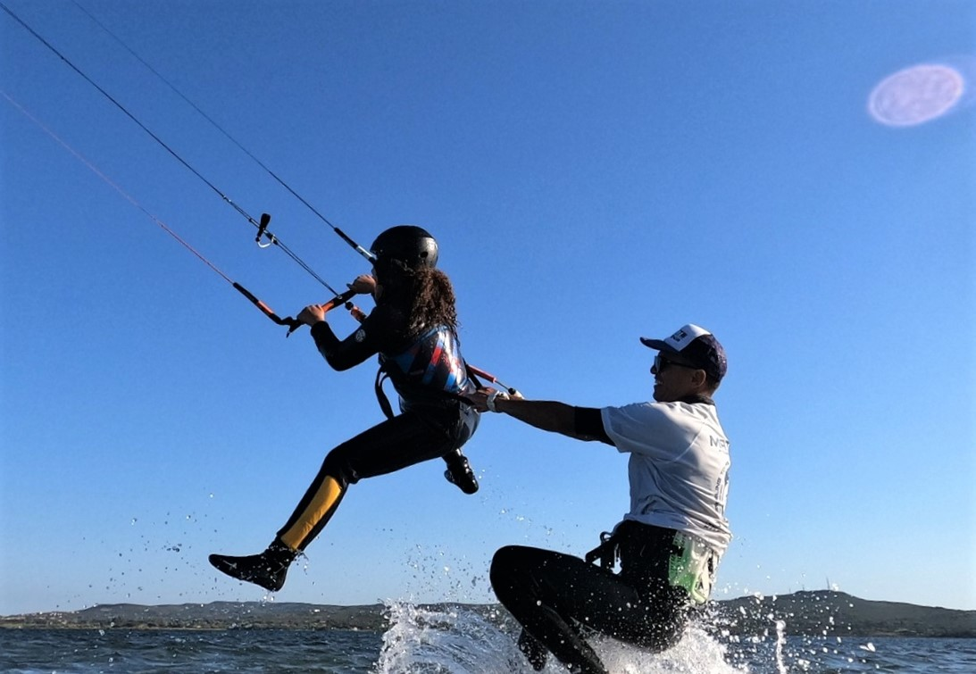 Kite Course for Children in Punta Trettu Sardinia