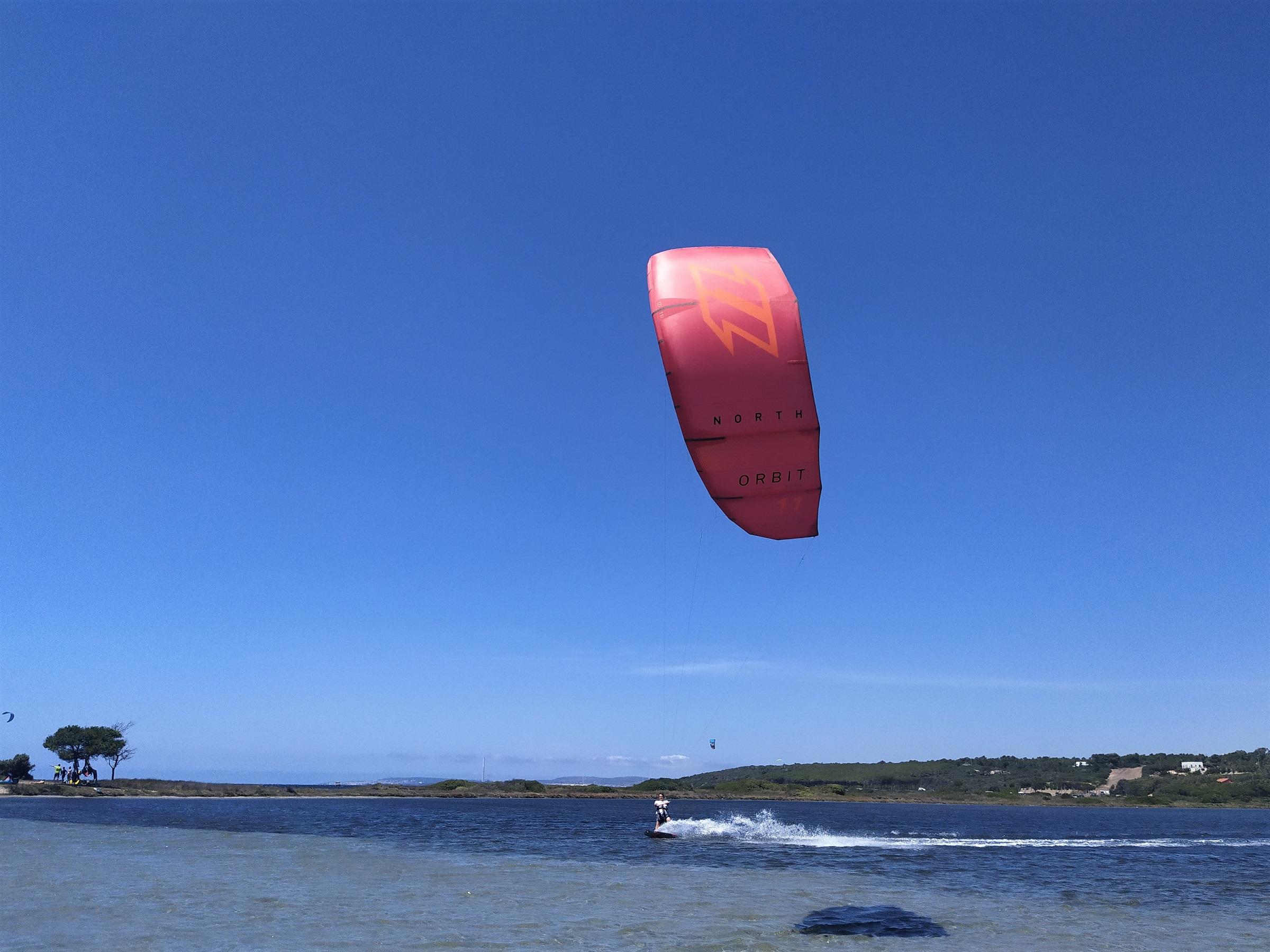 Kitesurf Rental Punta Trettu SArdinia
