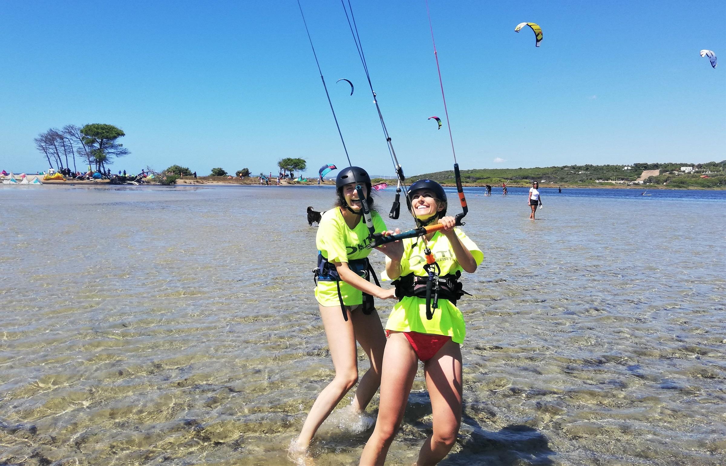 Beginner Kite Course in Punta Trettu Sardinia